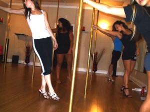 Classpoledance-02